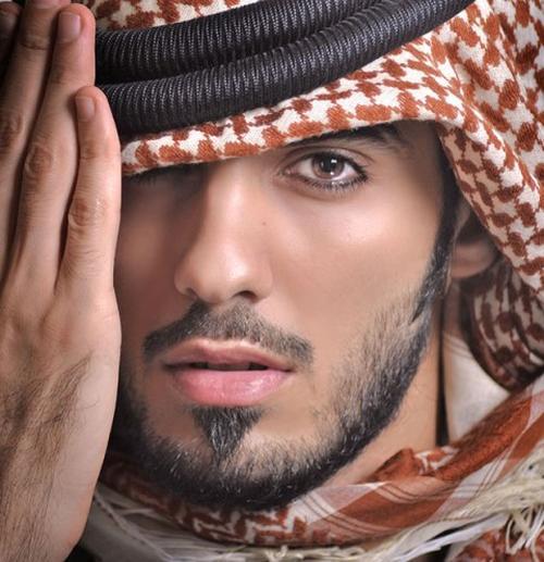 با عمر برکان زیباترین مرد عرب آشنا شوید
